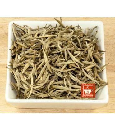 Té blanco Yin Zhen silver needle (Yinfeng, Silvery tip pekoe, Fujian white)